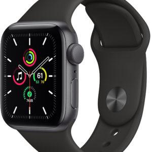 Apple Watch Series SE 44mm vesmírně šedý hliník s černým sportovním řemínkem